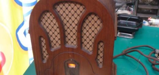 イタリア製ラジオ