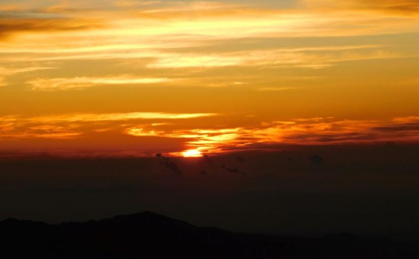 富士山山頂からの御来光おすそわけ